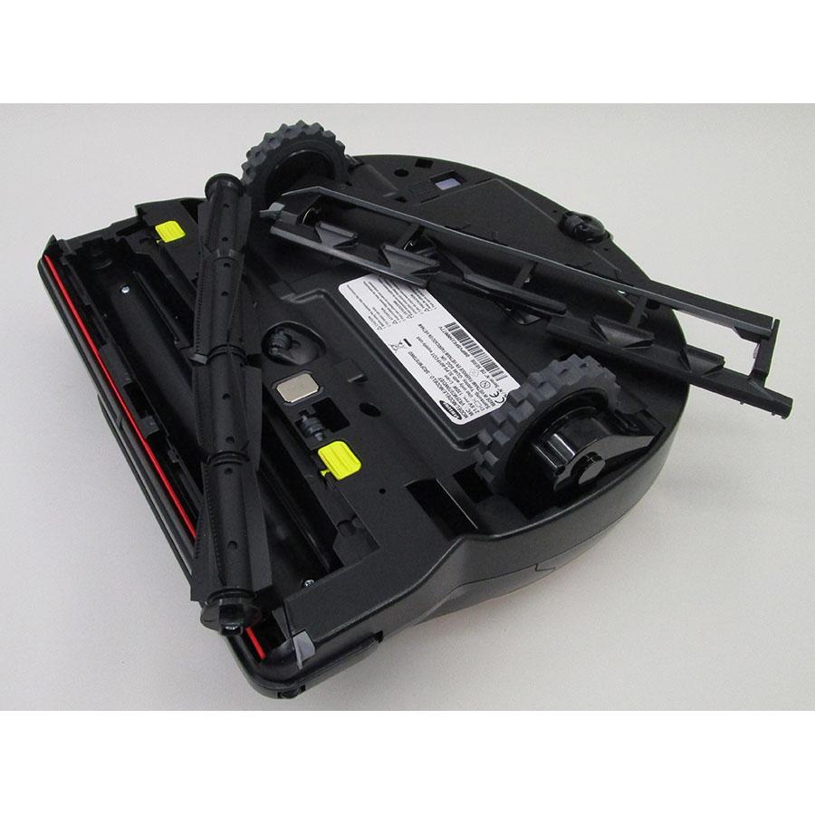 Samsung PowerBot SR2FM7070WD(*9*) - Brosse principale retirée