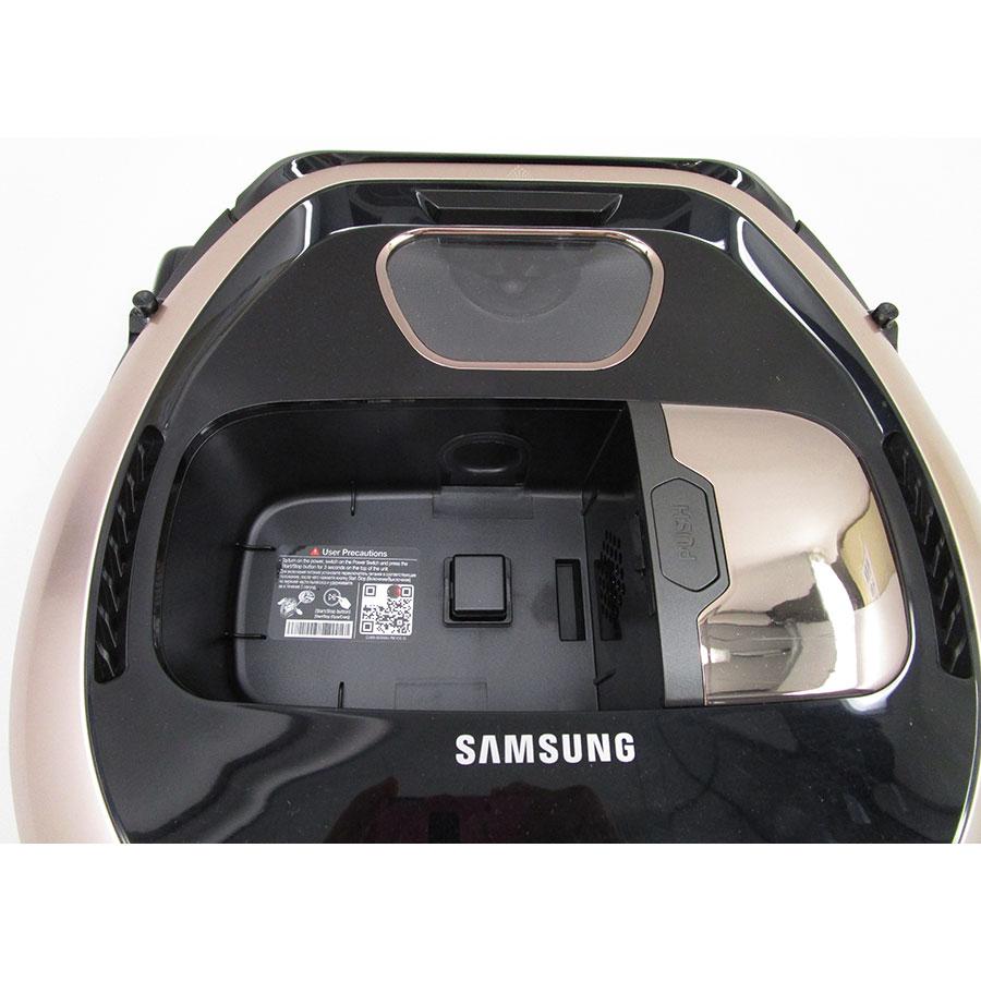 Samsung PowerBot SR2FM7070WD(*9*) - Réservoir à poussière accessible par le haut