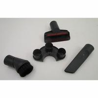 Miele Compact C1 EcoLine SCRP3 - 3 accessoires livrés avec l'appareil : brosse à meubles, brosse textile et suceur