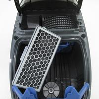 Miele Complete C3 Silence Hardfloor SGSK3 - Filtre sortie moteur sorti