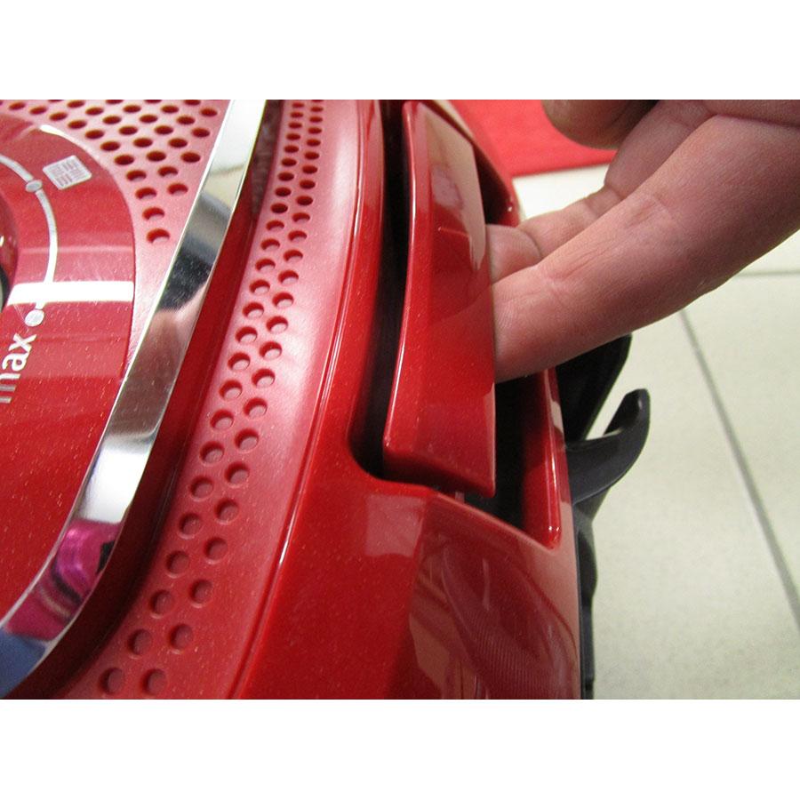 Bosch BGLS4PERF GL-40S Cosyy'y - Accès au réservoir à poussières