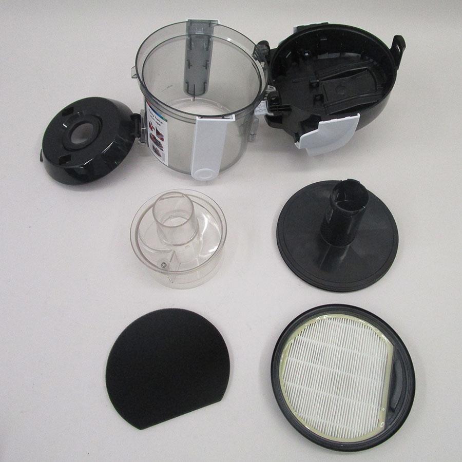 Bosch BGS05A222 GS05 Cleann'n - Réservoir à poussières avec son filtre sorti