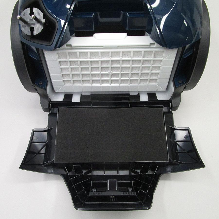 Bosch BGS41FAM Serie 6 ProFamily  - Filtre sortie moteur