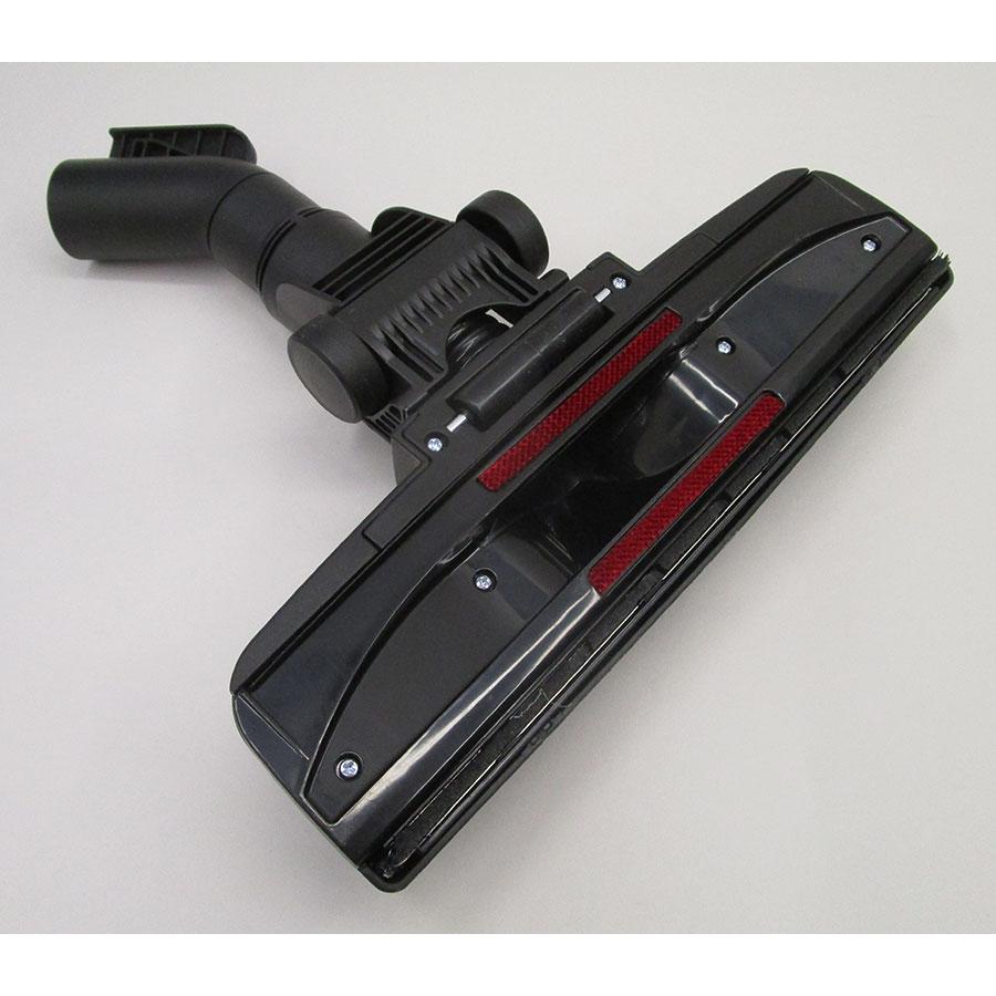 Bosch BGS41FAM Serie 6 ProFamily  - Brosse universelle vue de dessous