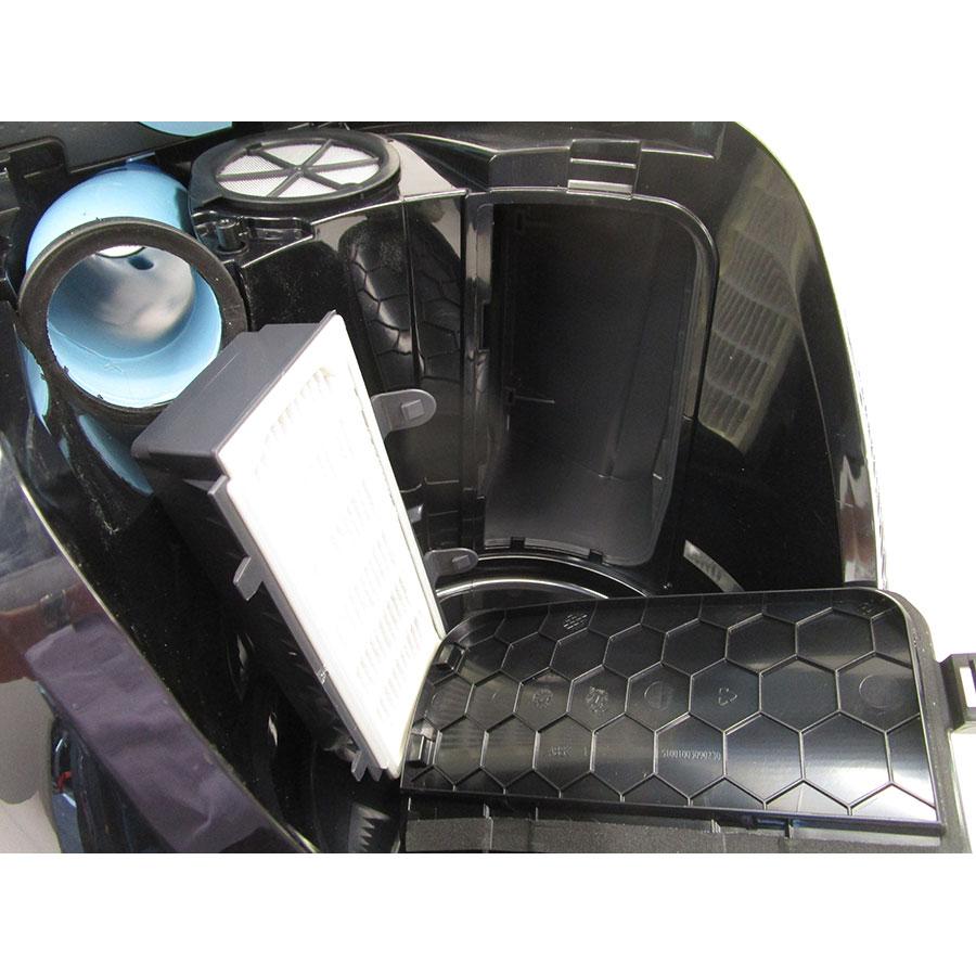 Bosch BGS5ECO66R Relaxx'x ProSilence66 - Filtre sortie moteur sorti