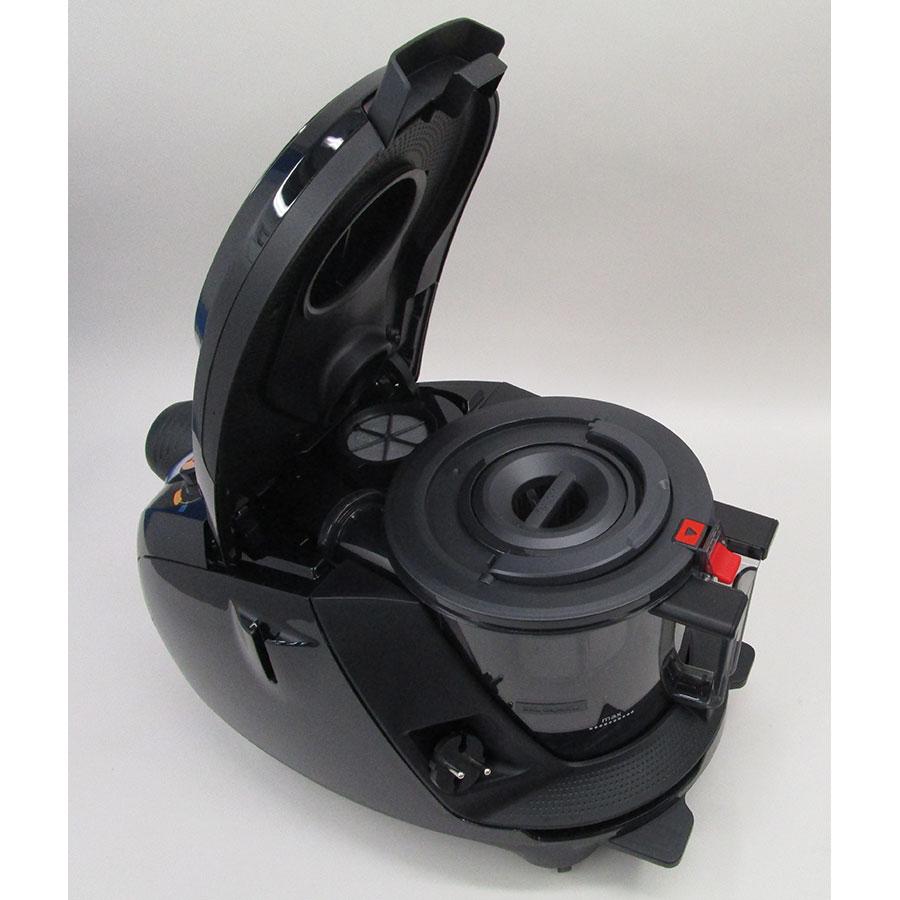 Bosch BGS7MS64 Relaxx'x Ultimate ProSilence64 - Accès au réservoir à poussières
