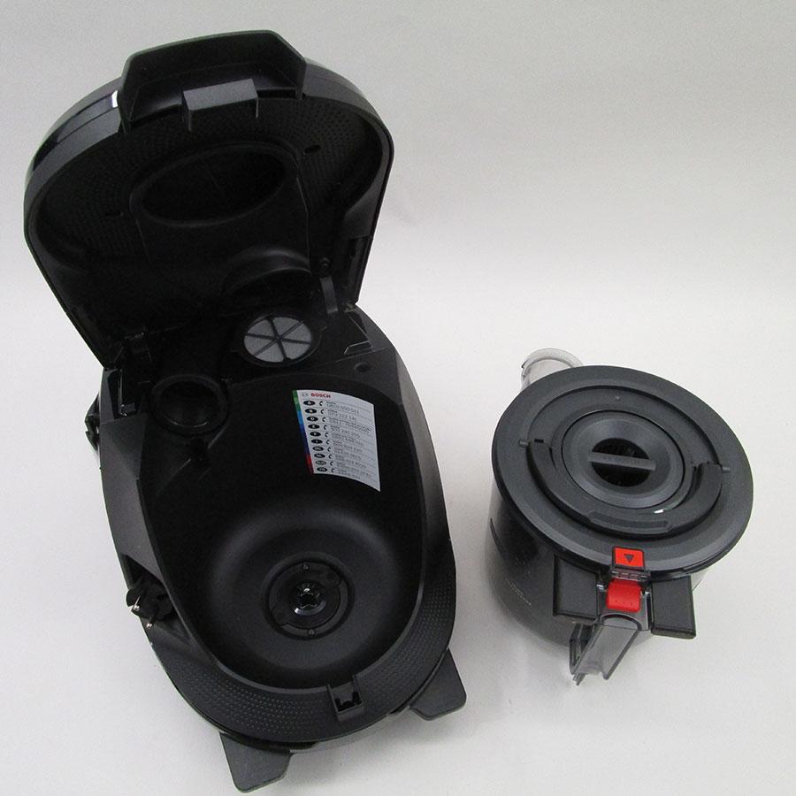 Bosch BGS7SIL64 GS70 Relaxx'x Ultimate - Bac à poussières sorti