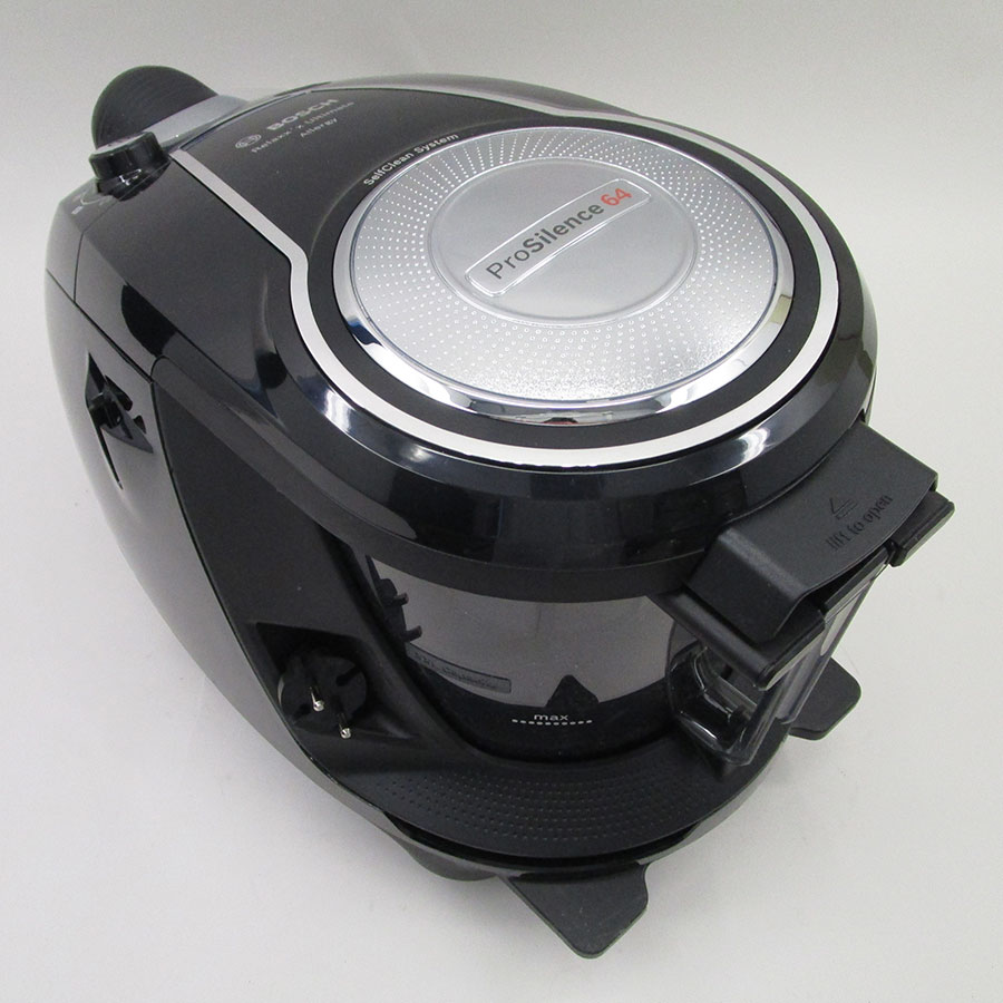 Bosch BGS7SIL64 GS70 Relaxx'x Ultimate - Fixe tube arrière et sortie de câble