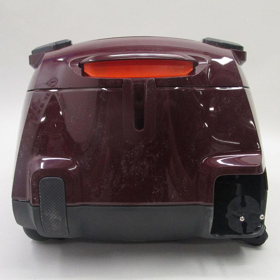 Electrolux ESP754BD Silent Performer - Fixe tube arrière et sortie de câble