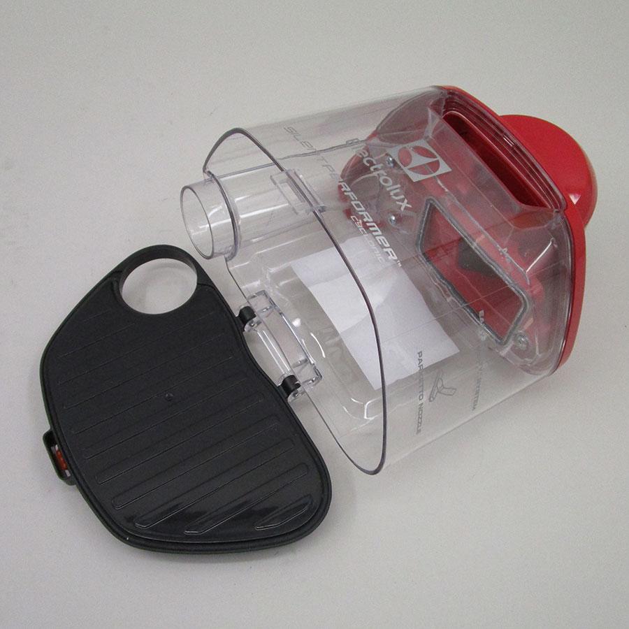 Electrolux ESPC72RR Silent Performer Cyclonic - Réservoir à poussières ouvert