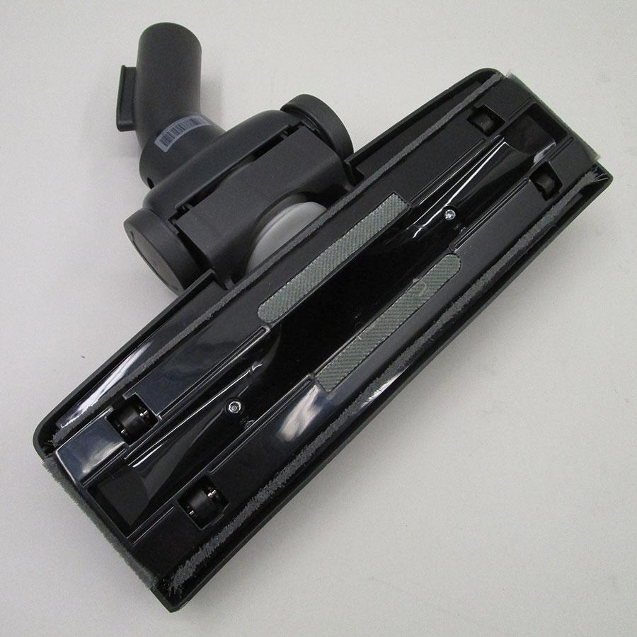 Electrolux ESPC72RR Silent Performer Cyclonic - Brosse universelle vue de dessous