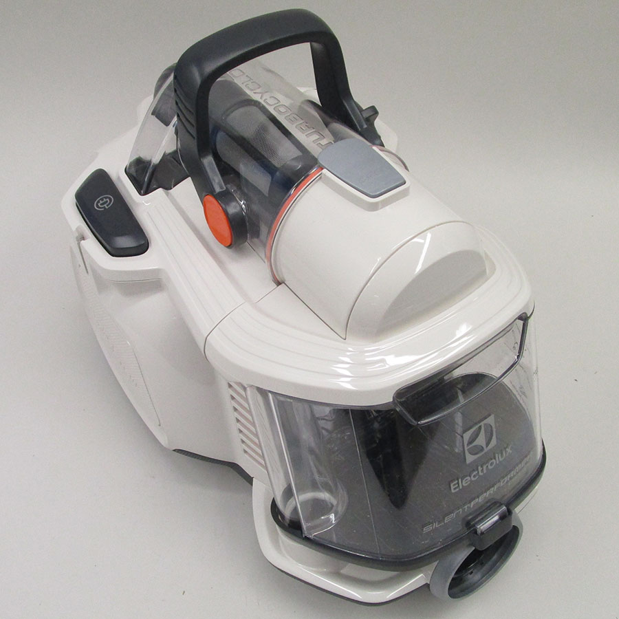 SilentPerformer Cyclonic ESPC74SW | Electrolux