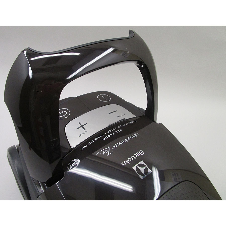 Electrolux EUS85BR UltraSilencer Zen - Poignée de transport