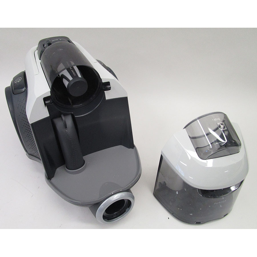 Electrolux PC91-4MG Pure C9  - Bac à poussières sorti