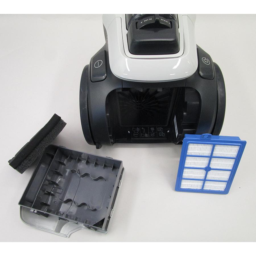 Electrolux PC91-6MG Pure C9  - Filtre sortie moteur sorti
