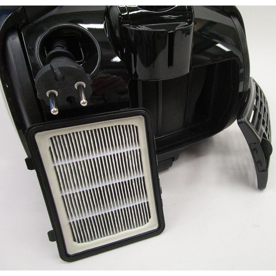 Faure FVS-751B1  - Filtre sortie moteur sorti