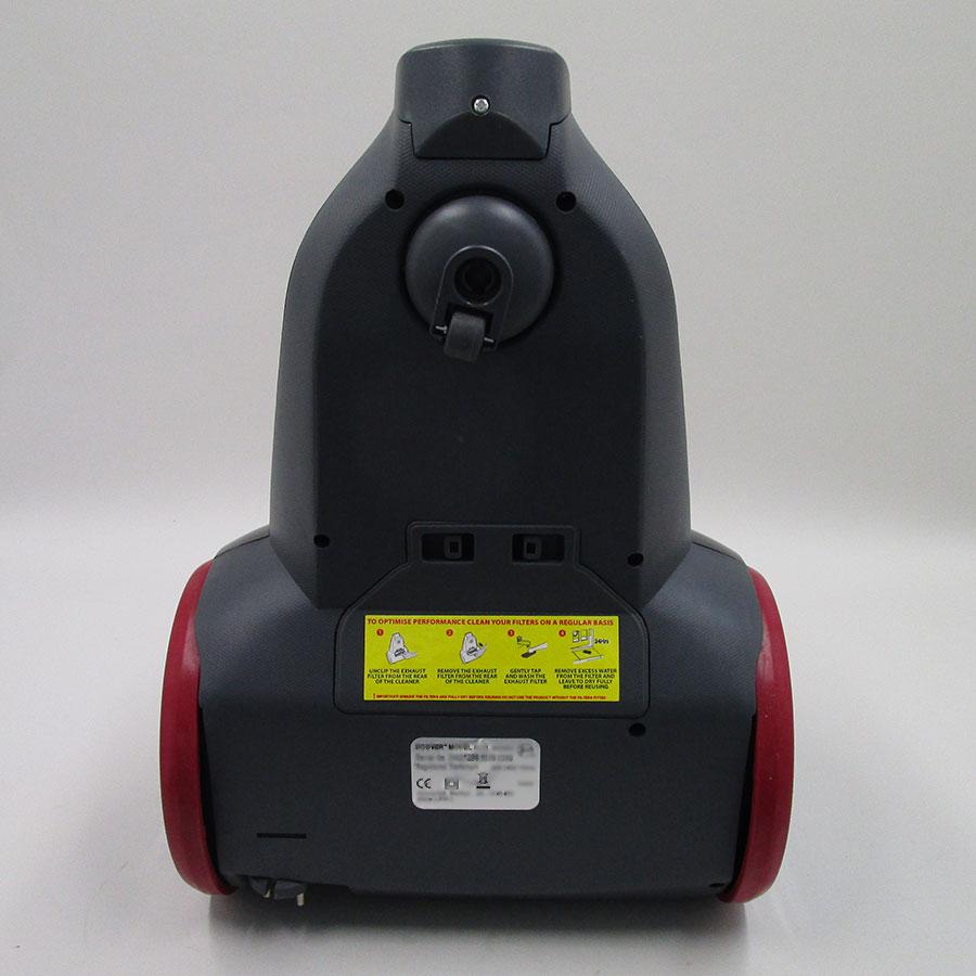 Hoover RC71 RC10 Reactiv - Accès au filtre sortie moteur (sous l'autocollant jaune)