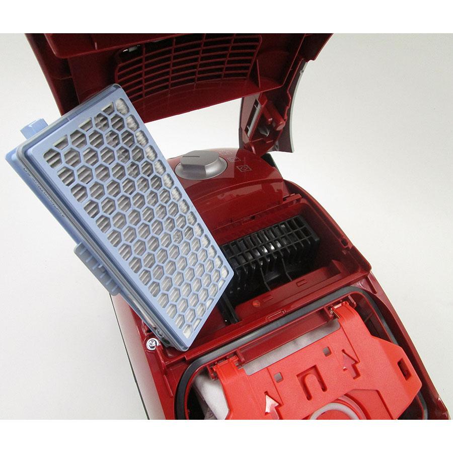Miele Compact C1 EcoLine SCRP3 - Filtre sortie moteur sorti