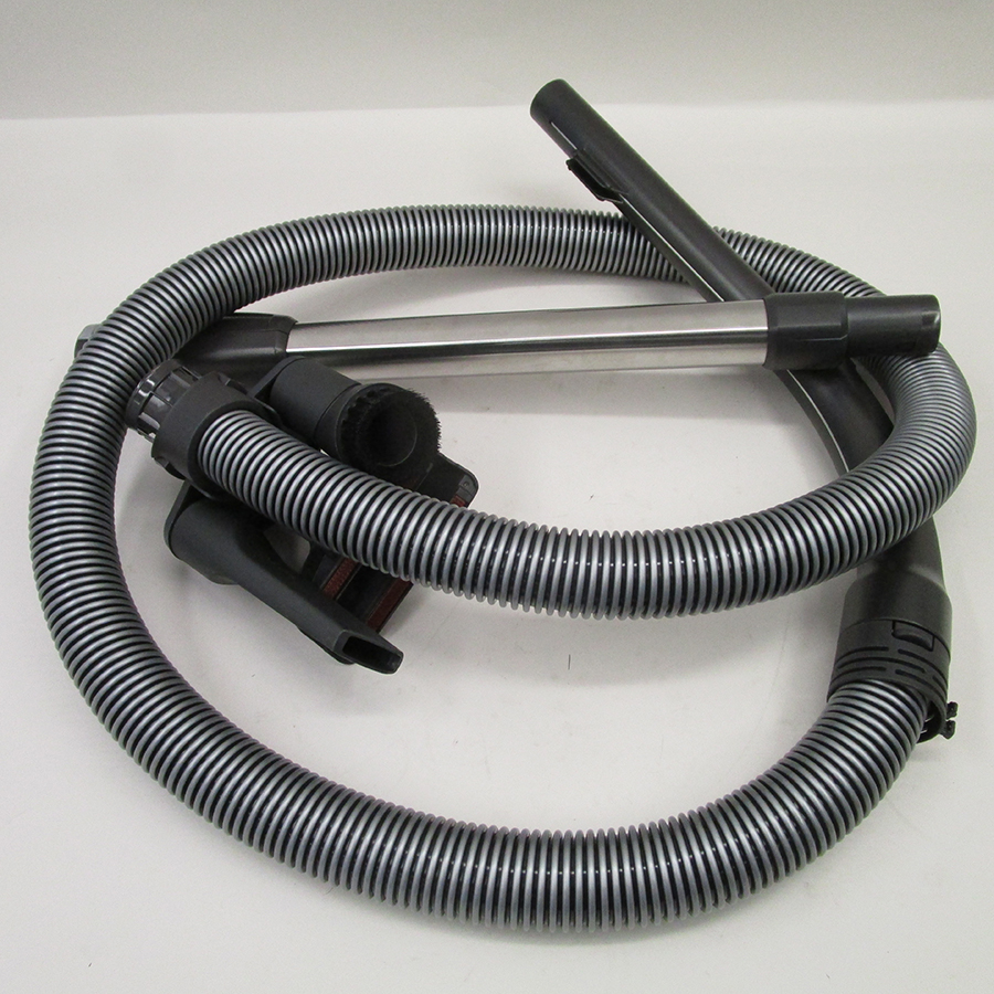Miele Compact C2 Silence EcoLine SDRK4 - Flexible et tube métal télescopique