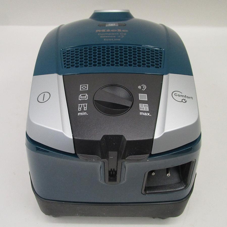 Miele Compact C2 Silence EcoLine SDRK4 - Fixe tube arrière et sortie de câble