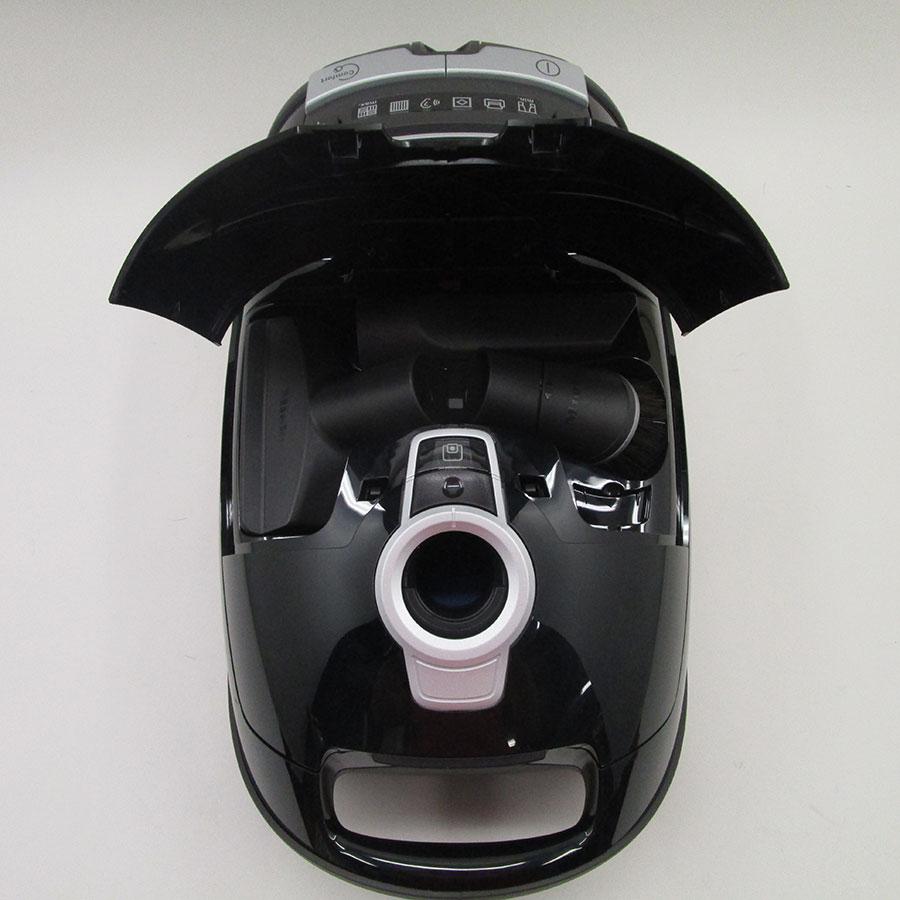 Miele Complete C3 Parquet XL Ecoline SGSP3 - Compartiment de rangement des accessoires