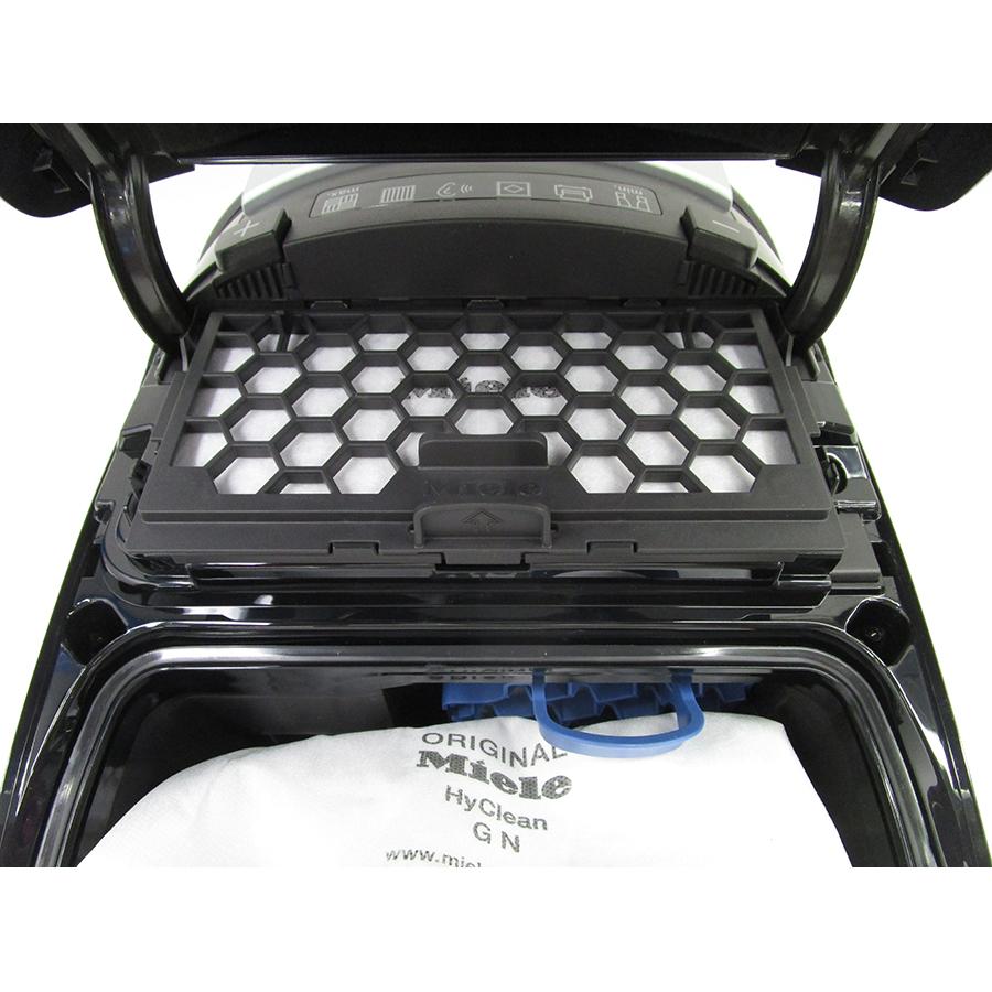 Miele Complete C3 Score Black EcoLine SGDP3 - Filtre sortie moteur