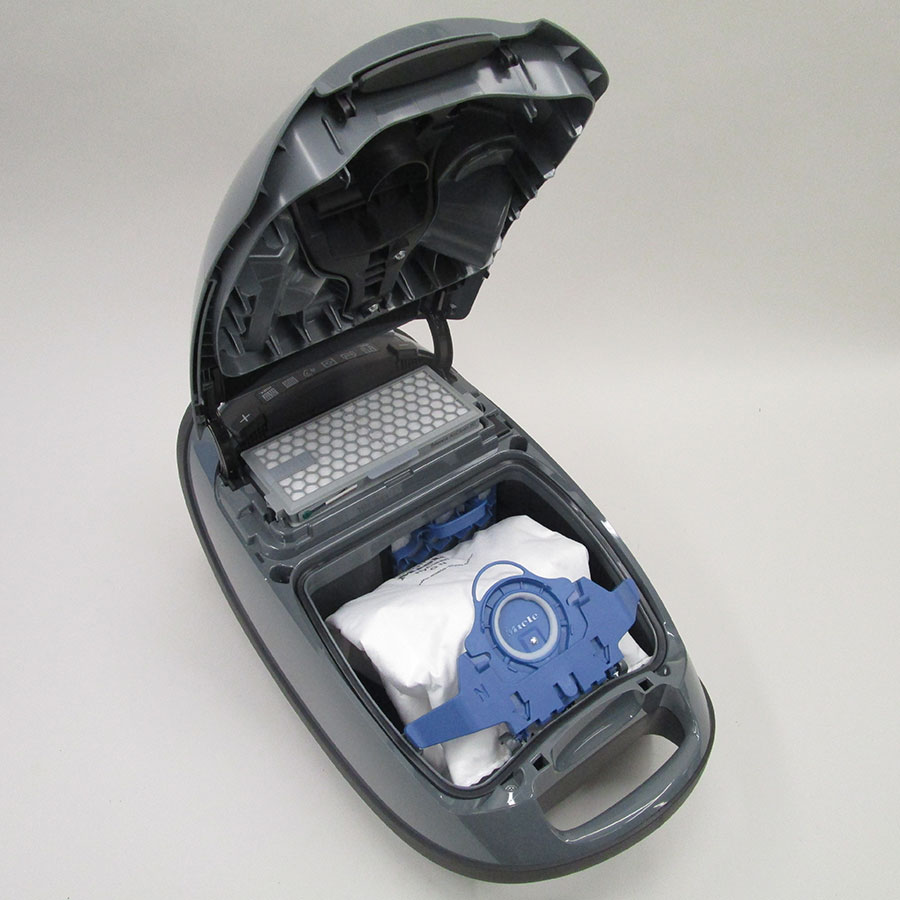 Miele Complete C3 Silence Hardfloor SGSK3 - Compartiment à sac ouvert