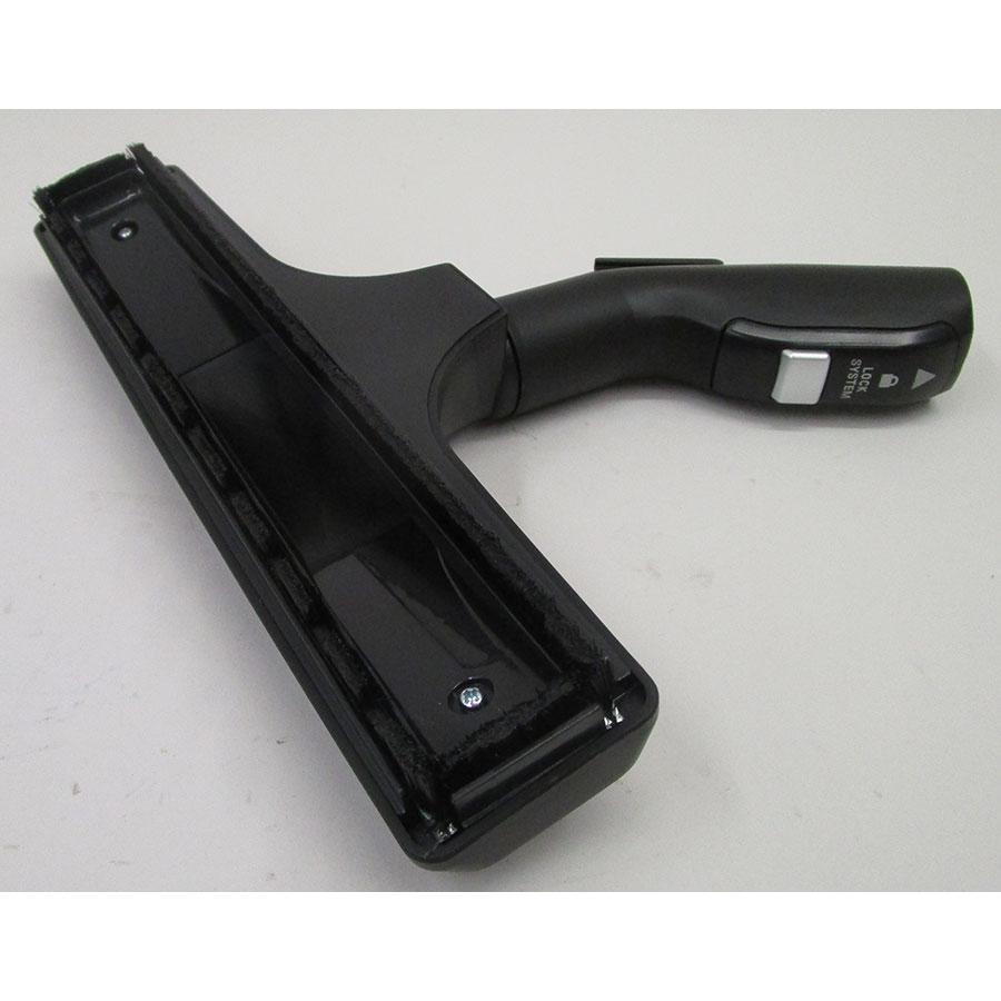 Rowenta RO6373EA Silence Force Compact 4A+AAA Home & Car Pro - Brosse parquets et sols durs vue de dessous