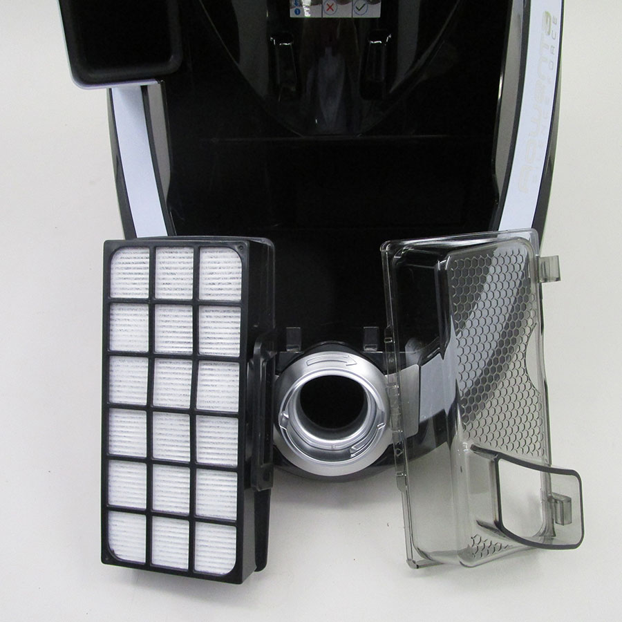 "Rowenta RO7647EA Silence Force Cyclonic 4A ""Parquet Pro"" - Filtre sortie moteur sorti"