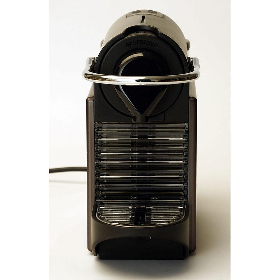 Krups Pixie YY1201FD - Orifice d'insertion de la capsule