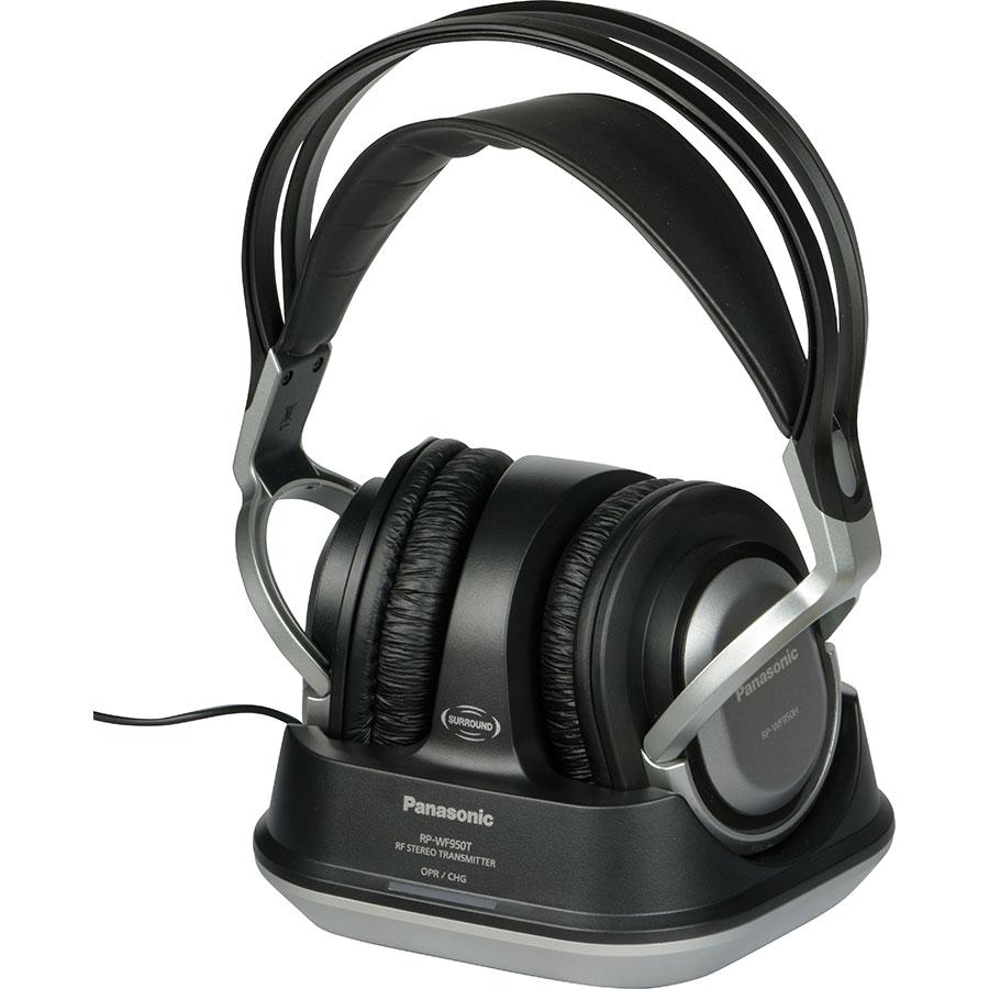 Panasonic RP-WF950 - Casque sur son support de charge