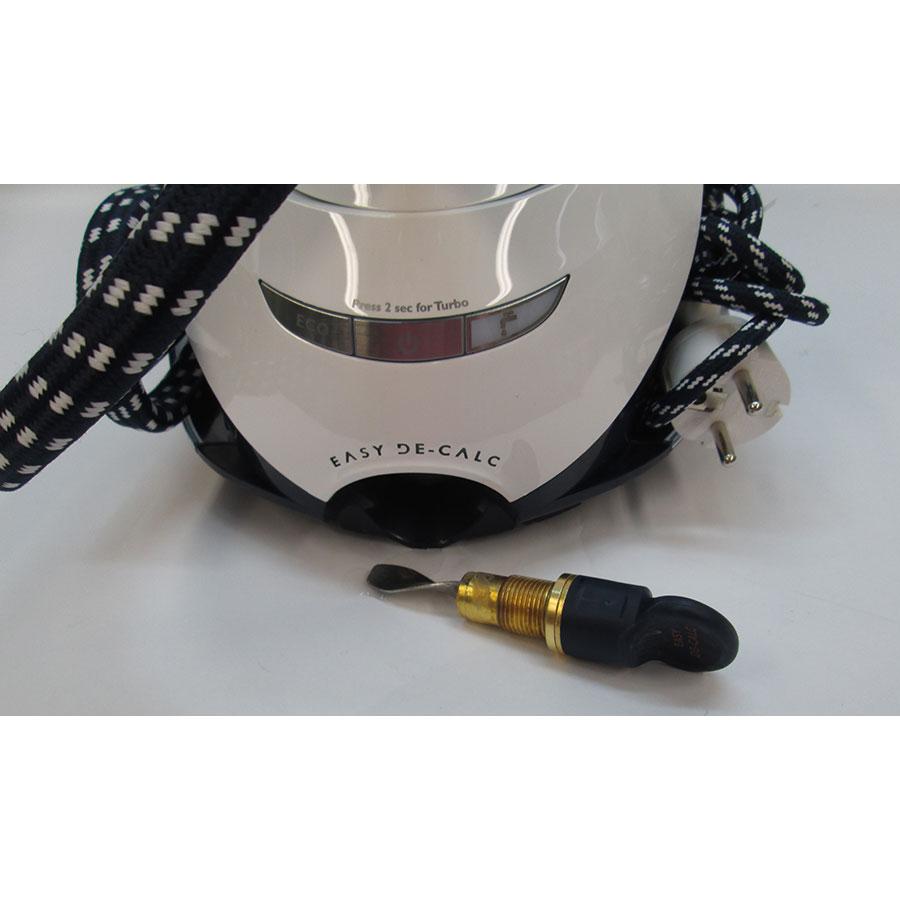 Philips GC9630/20 PerfectCare Elite - Système de rangement du cordon vapeur