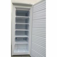 Candy CCOUS 5142WH - Intérieur du congélateur sans les tiroirs