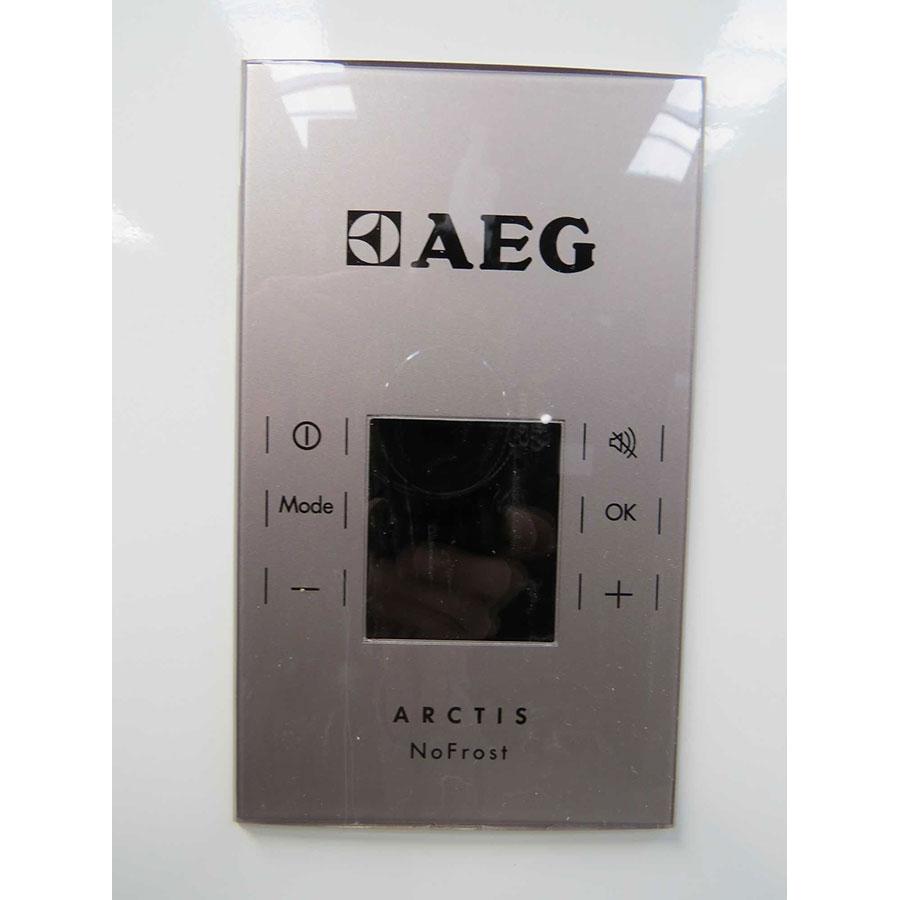 AEG A82700GNX0 - Intérieur du congélateur sans les tiroirs