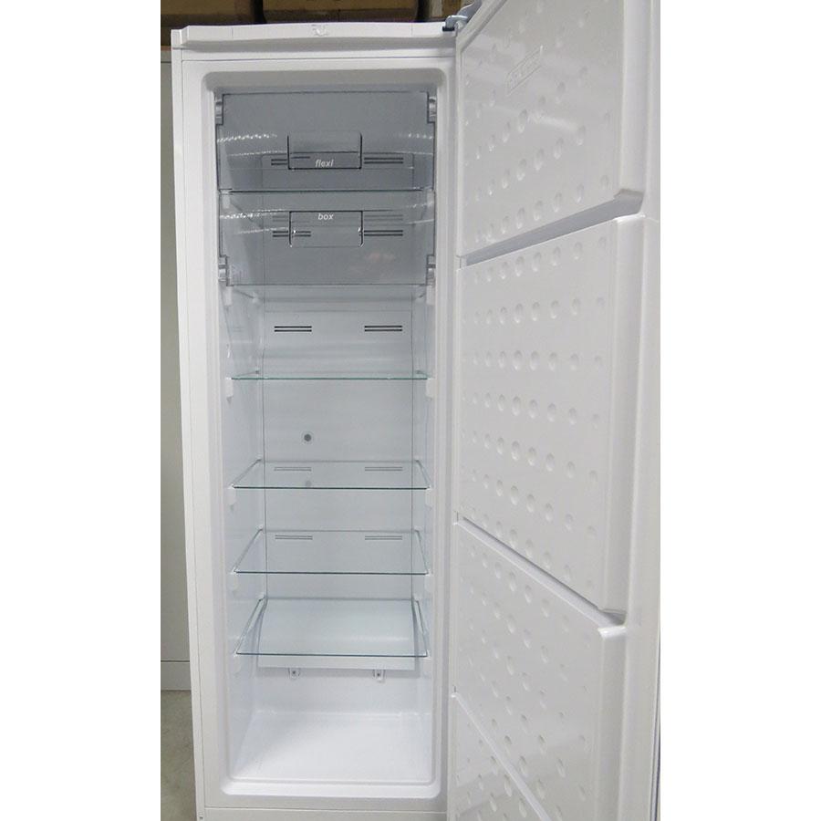 Essentiel b ECAV170-60b2 - Intérieur du congélateur sans les tiroirs