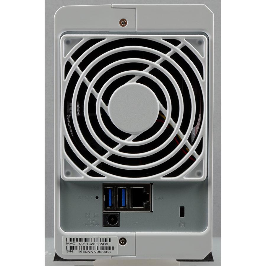 Synology DiskStation DS216j - Connectique
