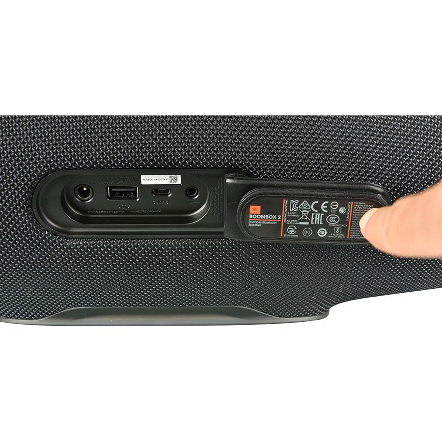 JBL BoomBox 2 - Connectique