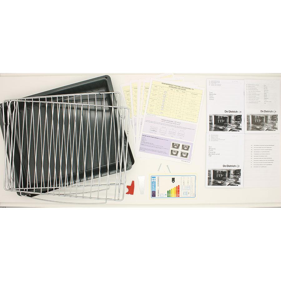 De Dietrich DOP6568DG - Accessoires et notices livrés avec le four
