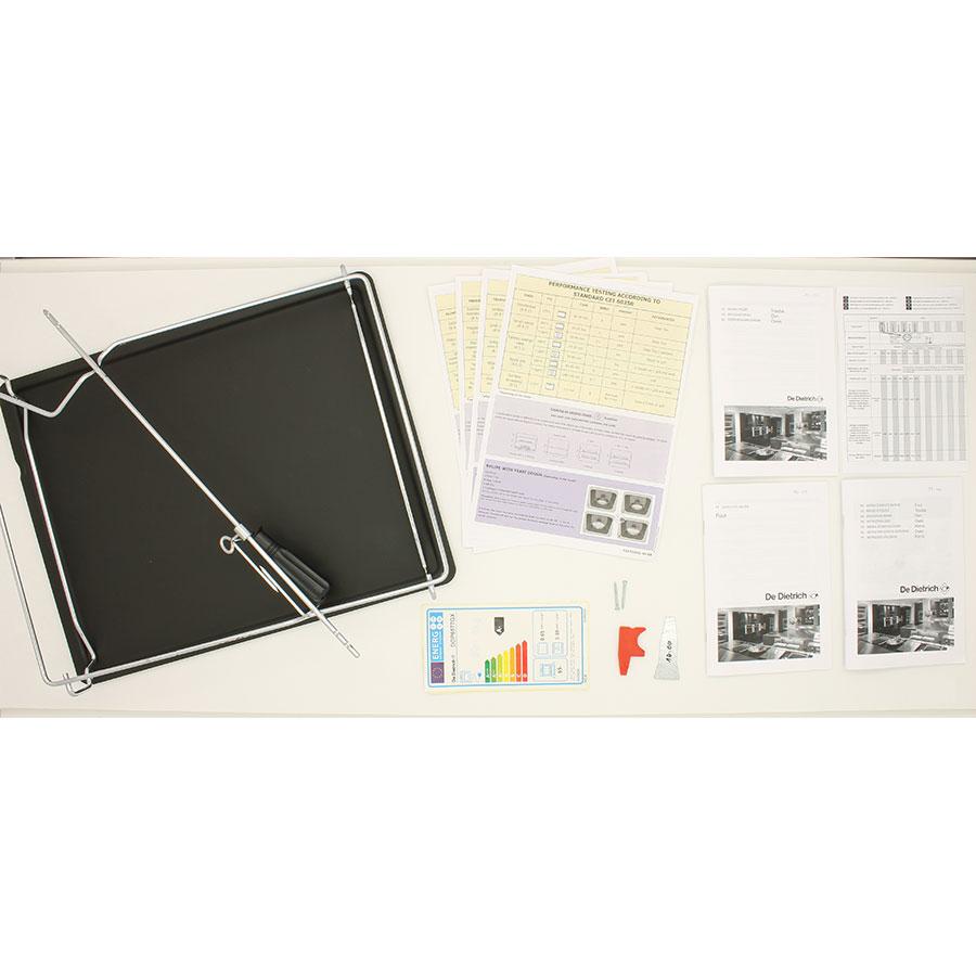 De Dietrich DOP6577GX - Accessoires et notices livrés avec le four