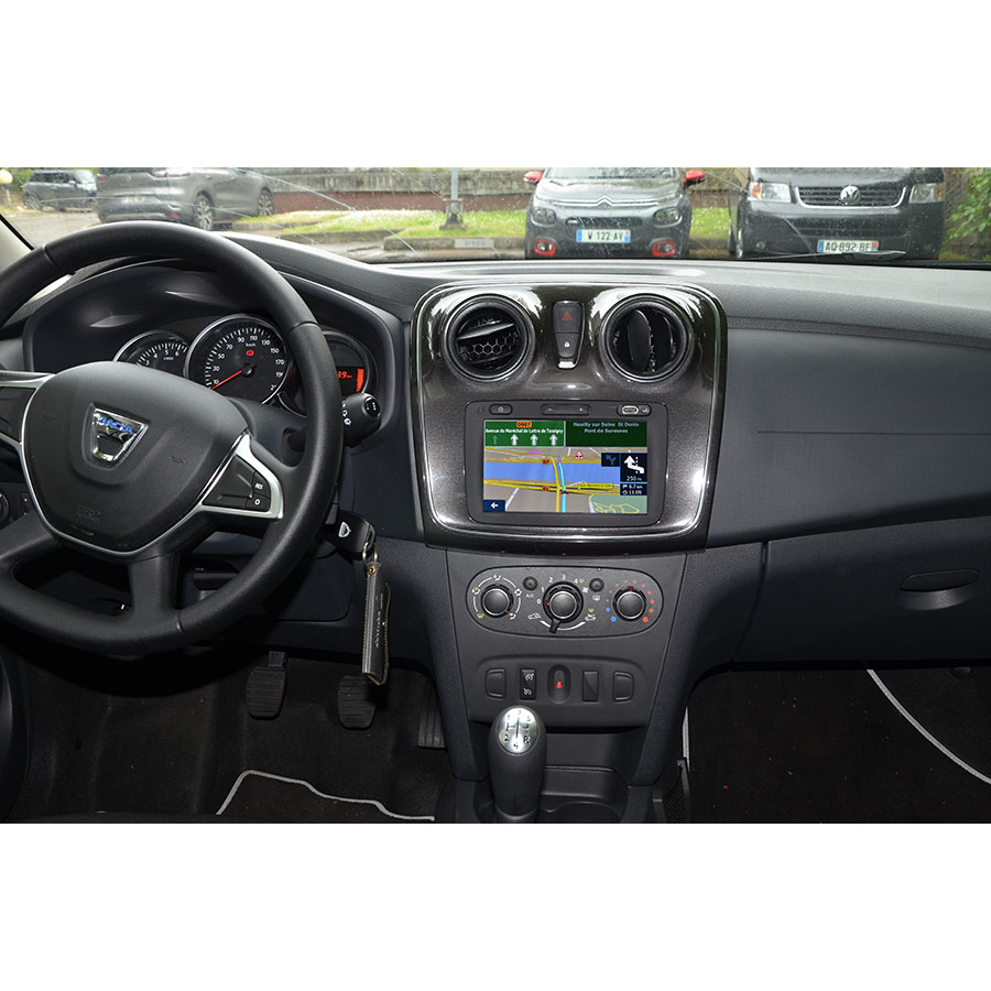 Dacia Media Nav Evolution (Sandero Lauréate dCi 90) - Tableau de bord