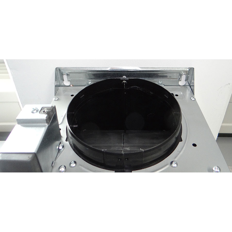Whirlpool AKR759IX - Système de fixation