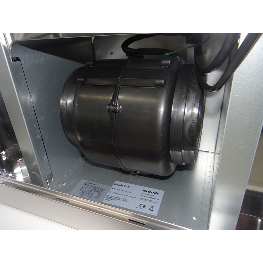 Brandt BHB6601X - Filtre(s) à odeur