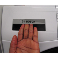 Bosch WDU28560FF - Ouverture du tiroir à détergents
