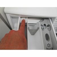 Electrolux EW7W3924SP - Bouton de retrait du bac à produits