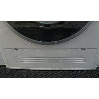 Siemens WD14H462FF(*19*) - Plinthe cachant le filtre de vidange et le condenseur.