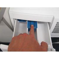 Siemens WD4HU560FF - Bouton de retrait du bac à produits