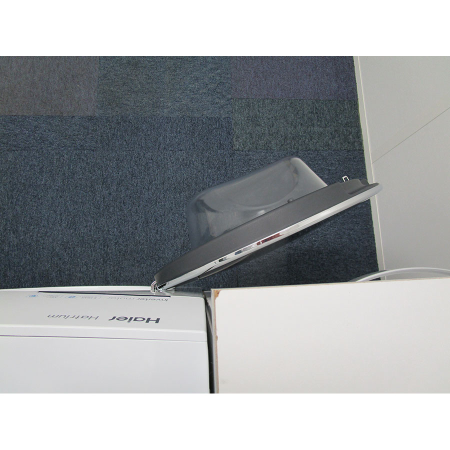 Haier HWD90-BP14636 - Angle d'ouverture de la porte