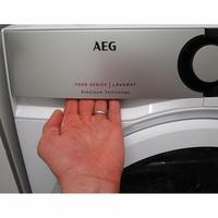 AEG L7FED944E(*10*) - Ouverture du tiroir à détergents
