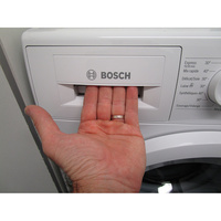 Bosch WAN28070FF - Ouverture du tiroir à détergents