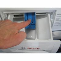 Bosch WAN28200FF Série 4 - Bouton de retrait du bac à produits